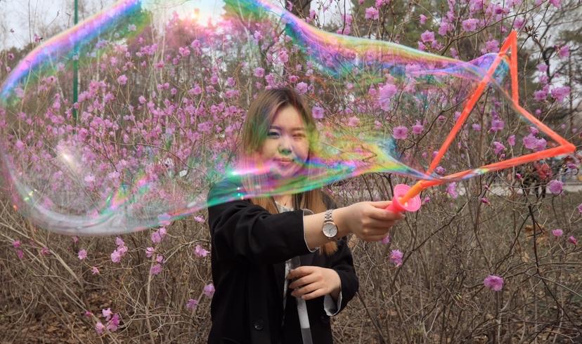 4月22日,闭园半年的黑龙江省森林植物园重新开园,浪漫春日,踏青、赏花,这是一个春天的约会。
